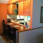 Kitchen_counter_with_stools_fs