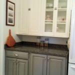 Kitchen,_kitchen_with_different_painted_finishes_with_quartz_countertops_fs